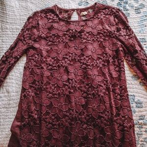 Hollister Burgundy Lace Cropped Blouse